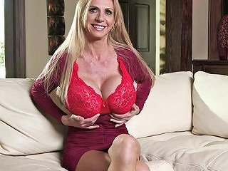 BravoTube Porno - Milfs With Big Tits Do Topless Interviews On The Set