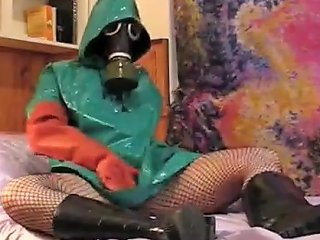 XHamster Porno - Gasmask Rainwear Girl Free Latex Porn Video 33 Xhamster