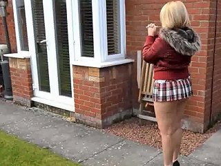 XHamster Porno - Mature Neighbor Walks With Short Skirt And Bare Ass