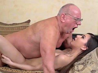 PornoXo Porno - Teen Facialized By Oldie