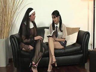 H2porn Porno - These Nones Will Teach This Girl