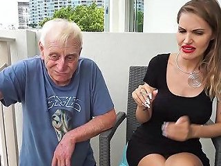 AnyPorn Porno - Skinny Blonde Smoking Backstage With An Old Grandpa Any Porn