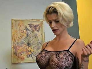 AnyPorn Porno - Milf Joslyn James Likes Nothing As Much As Having Her Coo Any Porn