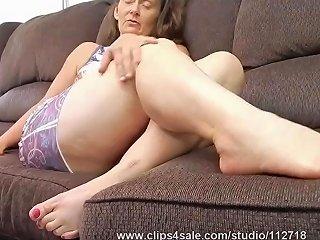 PornHub Porno - Mature Biker Girl Granny Feet Amp Soles Joi