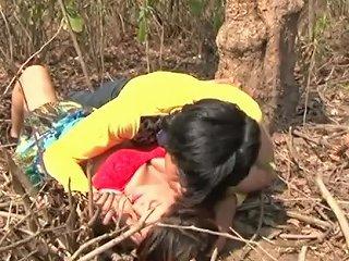 PornHub Porno - Isha Bhabhi Jungle Date