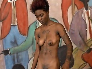 XHamster Porno - New Arrogant Ebony Cunt Sade Quits After Throated And