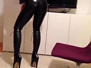 XHamster Porno - Mask Catsuit Ballet Boots Corset Free Porn 26 Xhamster